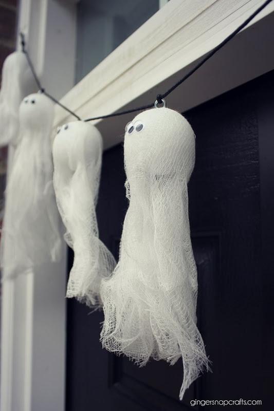 ghost garland GingerSnapCrafts.com