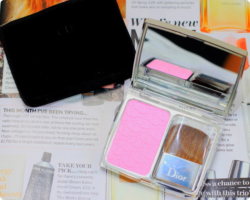 Dior Rosy Glow Blusher Review8