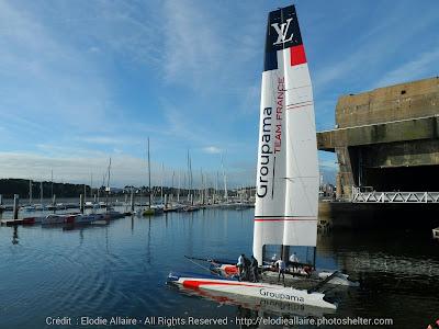 Retour de nav' pour l'AC45 Groupama Team France sous ses nouvelles couleurs.