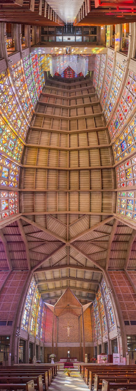 Vertical-Churches-from-around-the-World4__880