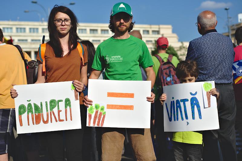 Cu Dani, Kiki si Vladi la protest, si cu multi alti cunoscuti.