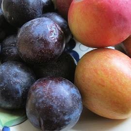 by Marija Les - Food & Drink Fruits & Vegetables
