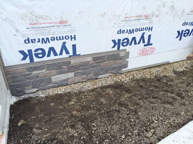 Exteria Creek Ledge Stone Install Starter Strip