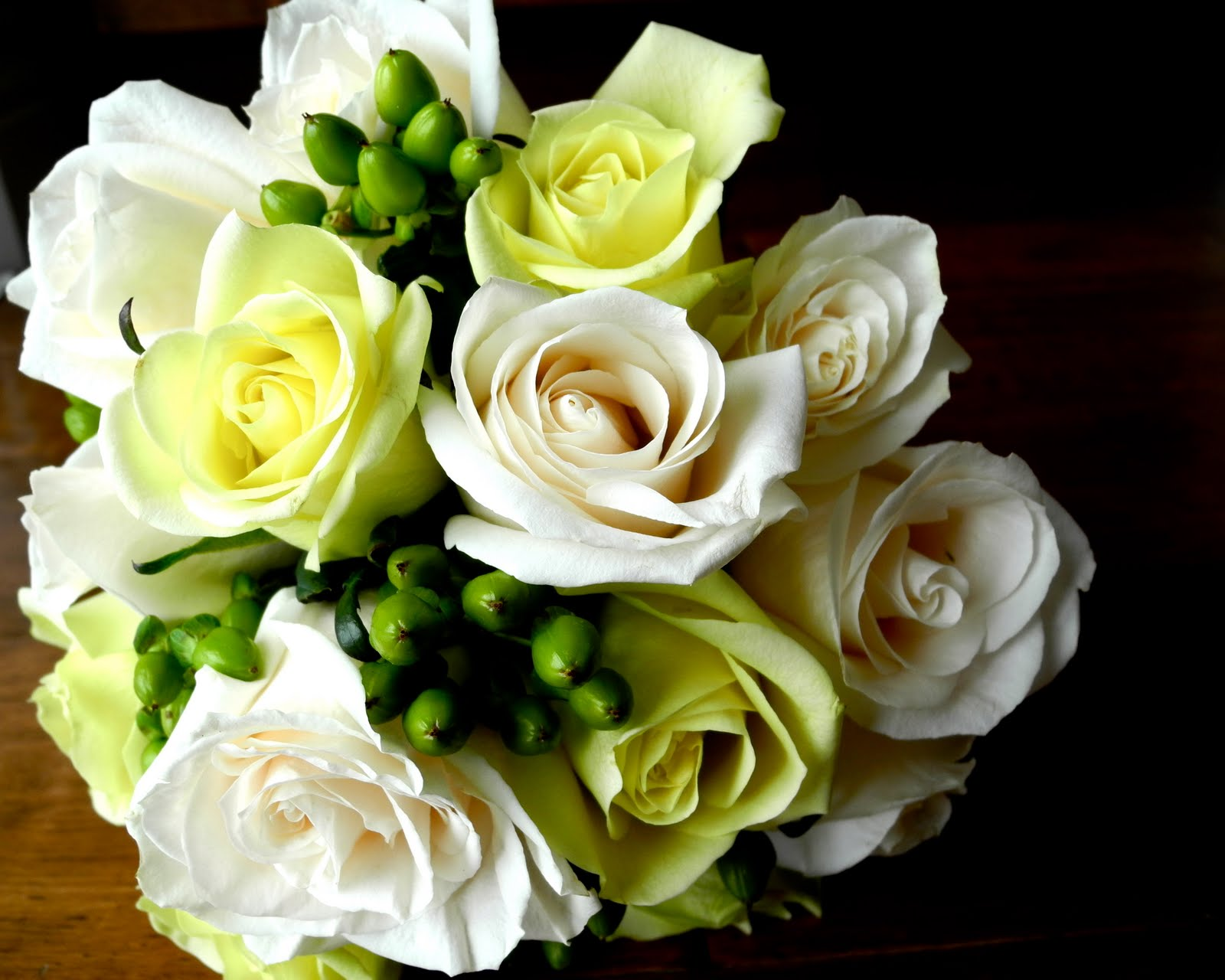 Chebrias Blog Elegant Green Wedding Bouquet