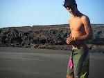 Iván en la Playa de Montaña Pelada