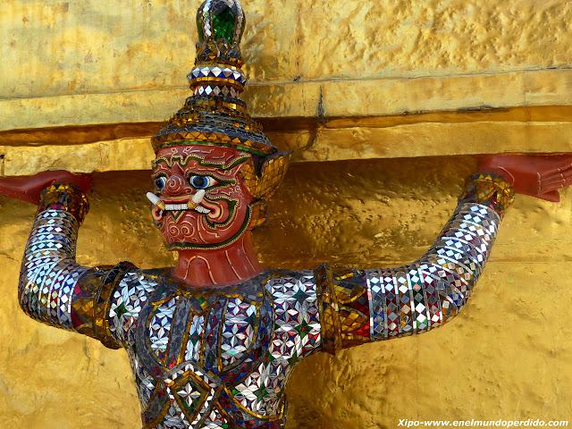 escultura-estupa-gran-palacio.JPG