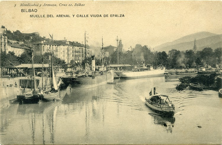 El vapor SEGUNDO en Bilbao. Ca. 1900s. Postal.jpg