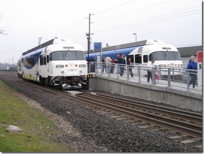 IMG_5399 TriMet Westside Express Service DMUs #1003 & #1001 at the Tigard Transit Center in Tigard, Oregon on January 30, 2009