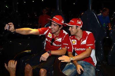 Фернандо Алонсо и Фелипе Масса на американских горках Яс Марины на Гран-при Абу-Даби 2012