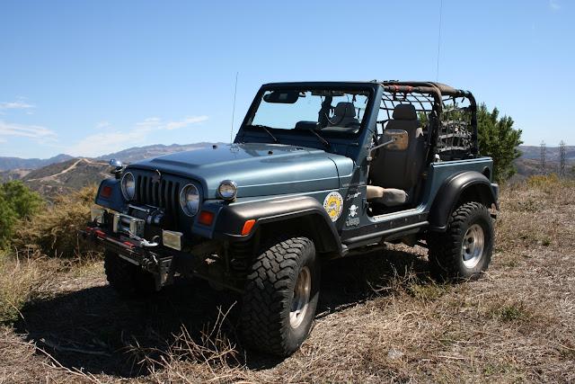 new jeep 2011 002.JPG