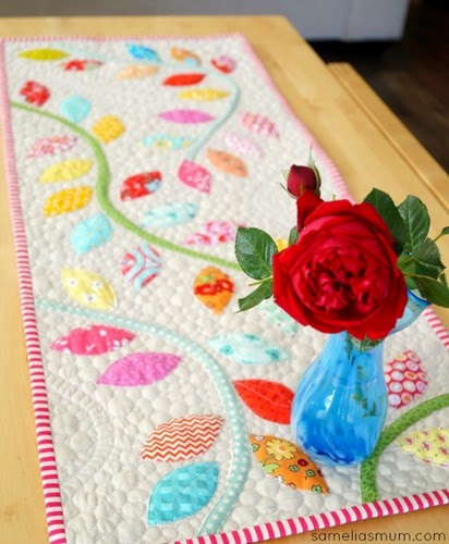 Bursting Buds Table Runner by SameliasMum 3