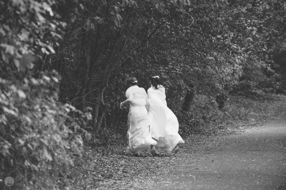 Leah and Sabine wedding Hochzeit Volkspark Prenzlauer Berg Berlin Germany shot by dna photographers 0115.jpg