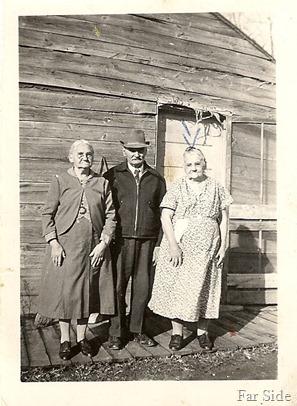 Grandma Lemon on Right (Meades Mother) (2)