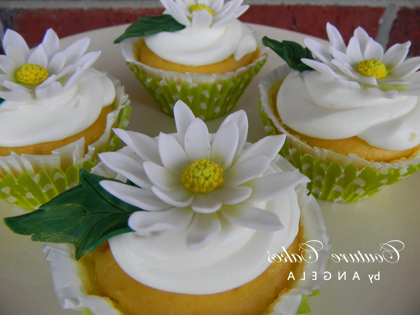 wedding cupcake,