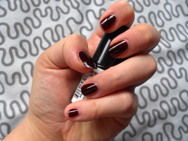 Coleoftheball: Beauty ¦ Mani Monday #5 - Maybelline Color show ...