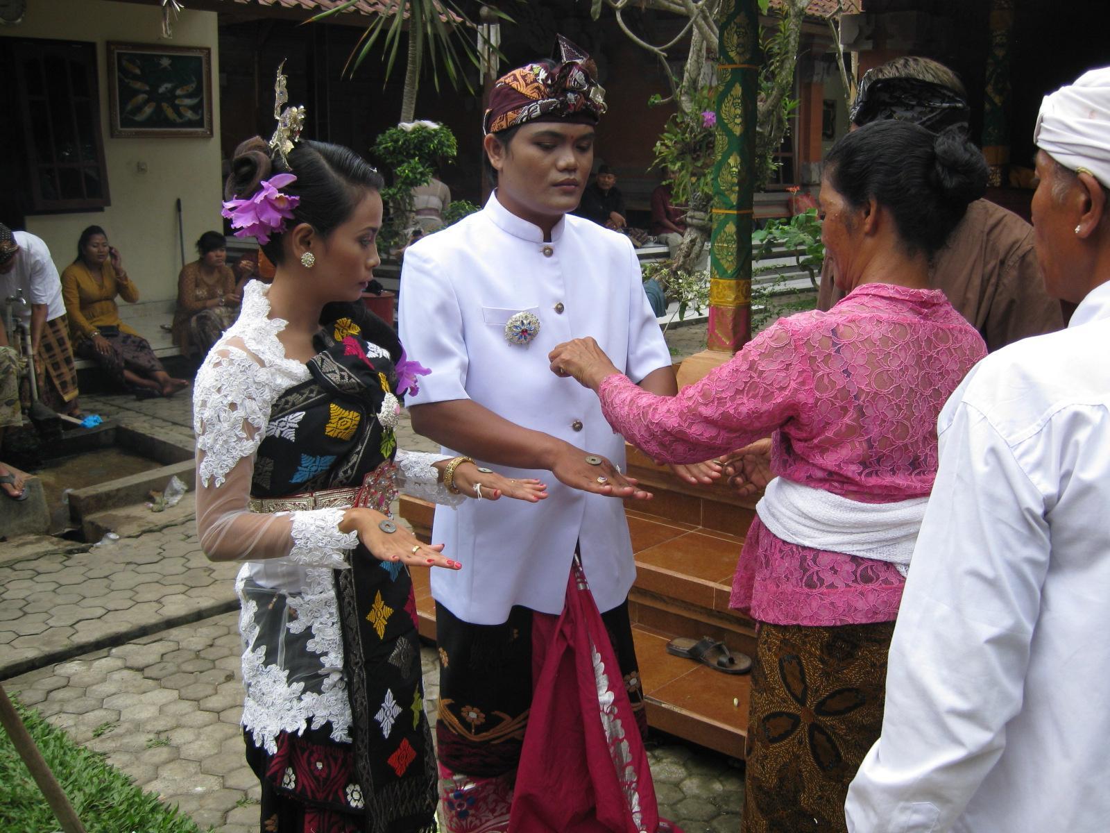 Hindu wedding ceremonies are