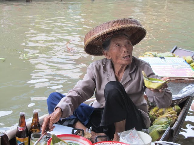 Floating Market in Damnoen Saduak