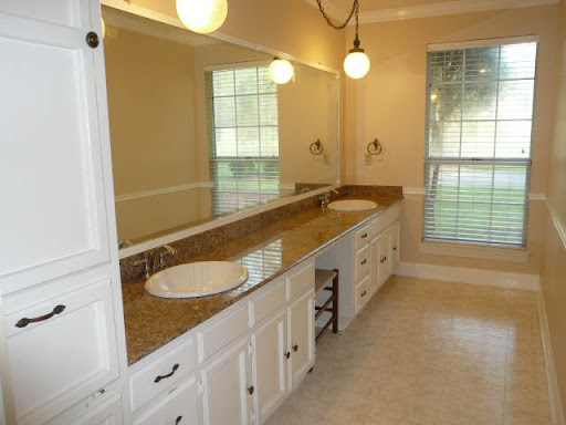 Master Bath - His/Hers Vanity, Jacuzzi Tub, Intercom, Clothes Hamper, Crown Molding & Chair Rails