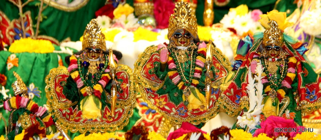 ISKCON Juhu Sringar Deity Darshan 09 Feb 16 (34)