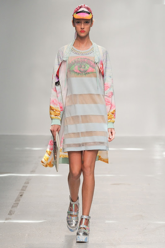 Pixelformula Manish Arora Womenswear Summer 2015Ready To Wear Paris