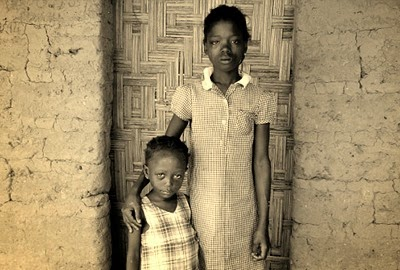 Grieving_Fatamata_3_and_Jane_8_lost_two_siblings_to_starvation