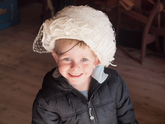 virtù - this boy knows how to wear a hat