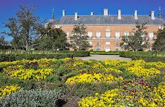 Jardines frente al Palacio