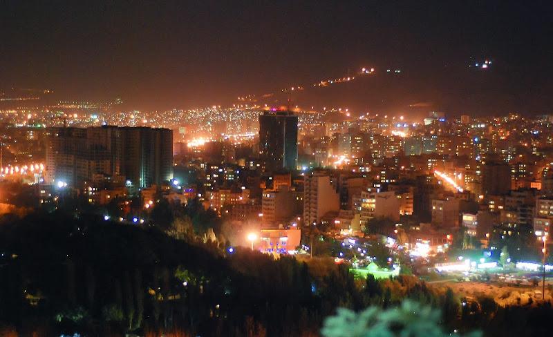 Tabriz nocą