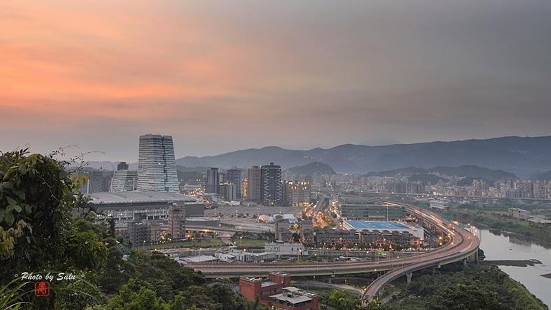 橫科山夜景