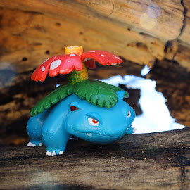 Venusaur by Lydell Vik - Artistic Objects Toys ( figure, pokemon, nature, toy, unreal wildlife, poketmonsters )