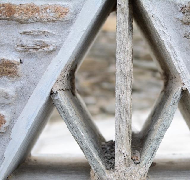 stone wall shapes - Tinos island