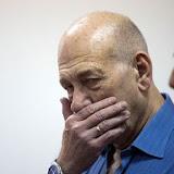 l-ancien-premier-ministre-israelien-ehud-olmert-lors-de-son-proces-le-25-mai-2015-a-jerusalem_5490194.jpg