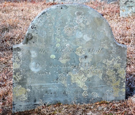 HALL_Elizabeth nee Bailey_headstone_1727-1816_CenterCem_PembrokePlymouthMassachusetts
