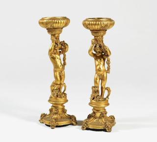 Две вазы для цветов. 19-й век. Дерево, резьба, позолота. Высота 130 см.