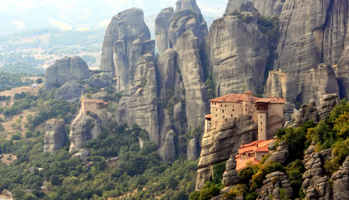 Greek Archaeological Council bans climbing contest at Meteora