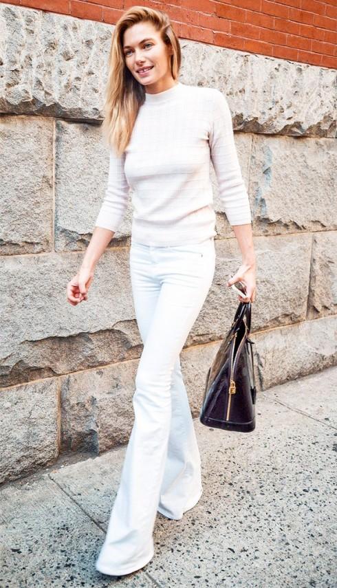 mac quan jeans nu trang dep nhu Jessica hart