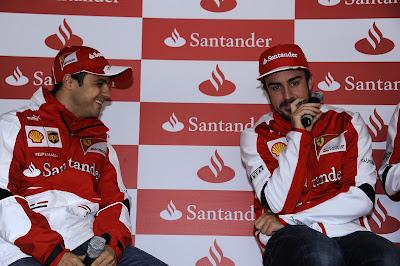 Фелипе Масса и Фернандо Алонсо на пресс-конференции Santander 4 марта 2013