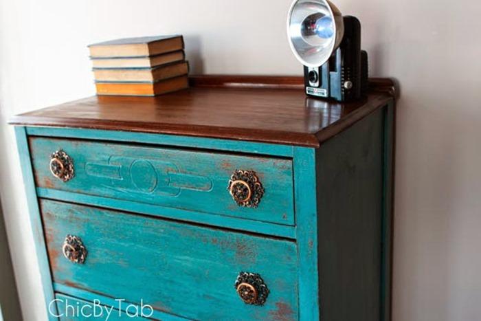close up top of dresser in kitchen scale wm