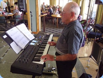 Laurie Conder playing his Roland BK-9.