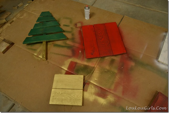 DIY-Pallet-Christmas-Tree-And-Presents (14)