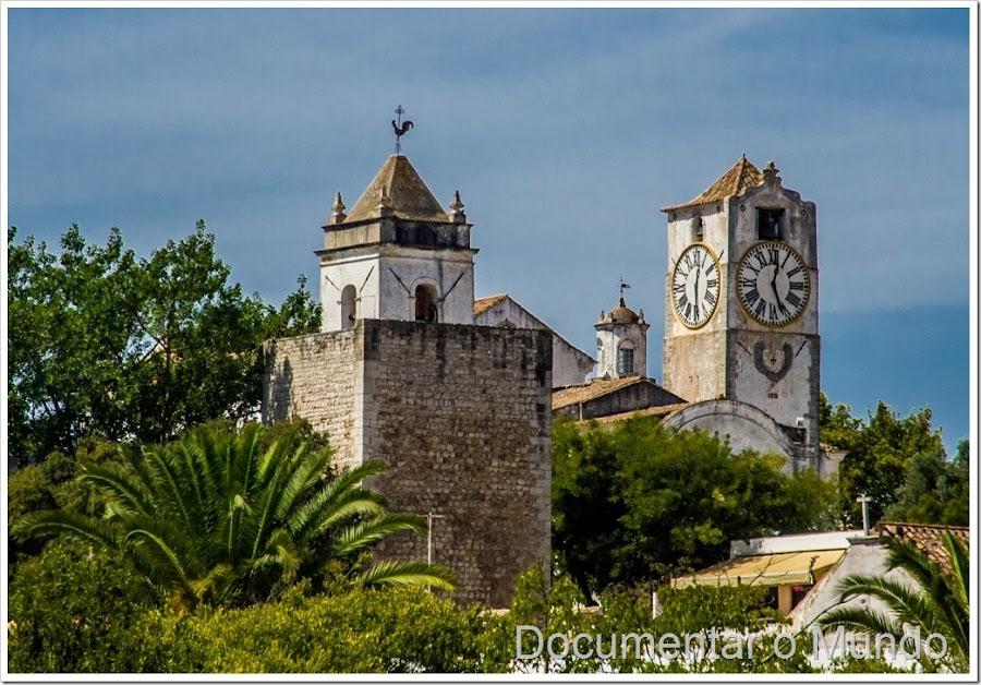 Igreja de Santa Maria do Castelo; castelo de Tavira; Tavira