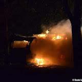 Camper brandt uit op parkeerplaats Oude Pekela - Foto's Dennie Gaasendam en Teunis Streunding