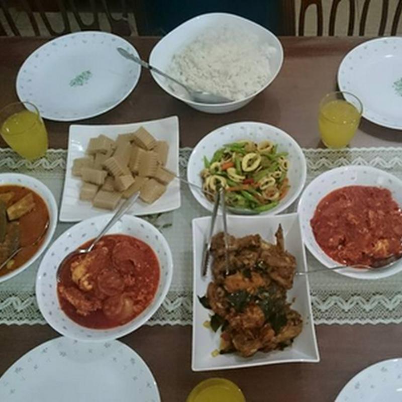 Beraya rumah blogger masakan , UMMI ZAIHADI !
