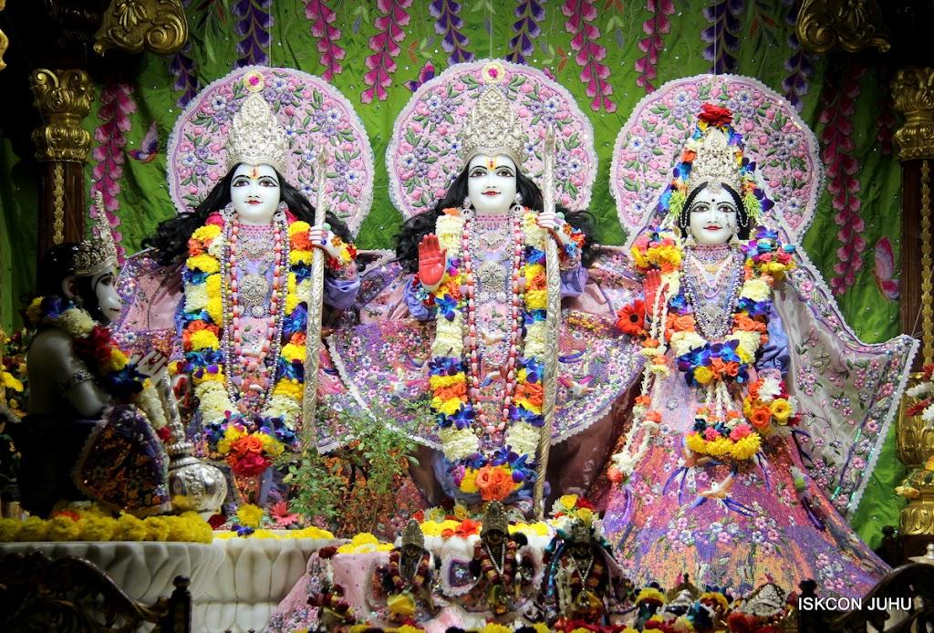 ISKCON Juhu Sringar Deity Darshan 11 Feb 16 (24)