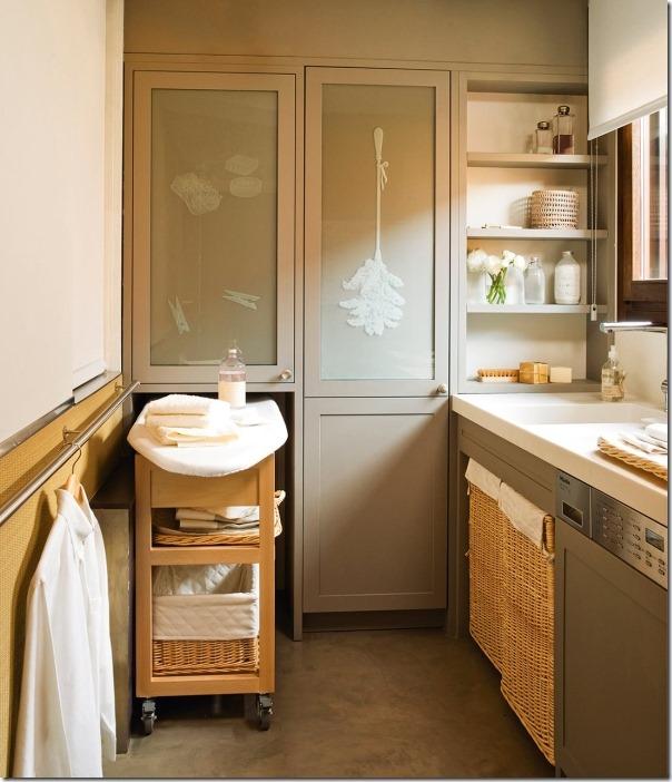 case e interni - lavanderia-arredo-beige-organizzazione