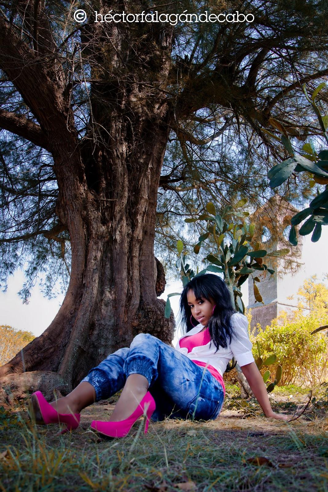 Fotografía Modelos Habana. Angiie: Colores del Caribe. Héctor Falagán De Cabo | hfilms & photography. La Habana, Cuba.