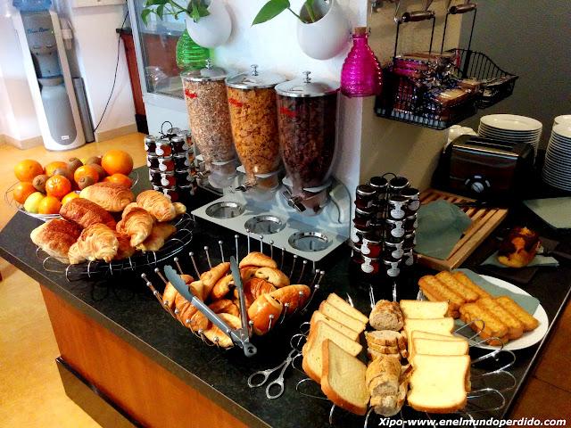 desayuno-buffet-hotel-grenoble.jpg