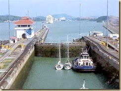 20150504_ pedro miguel locks 1 (Small)