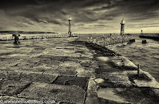 whitby-lighthouse-black-and-white-seascape
