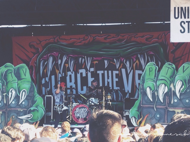 Vans Warped Tour 2015 Pierce the Veil